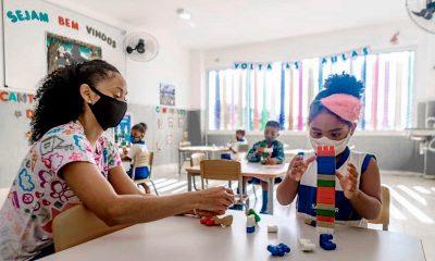 El avance de la vacunación en el sector docente fue el argumento de los gobernantes para liberar el regreso a las clases presenciales. Foto: Télam.