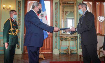 Manuel Ernesto Polanco Salvador presentó sus cartas credenciales ante el presidente de la República, Mario Abdo Benítez. (Foto Presidencia)