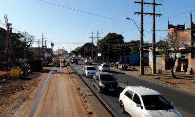 El tránsito vehicular se encuentra normalizado sobre Acceso Sur, ya que los automovilistas ya están familiarizados con los circuitos de desvíos. Foto: Gentileza.
