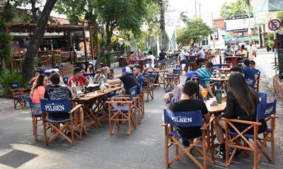"""La estrategia de la Asociación de Bares y Restaurantes de """"salir a las calles"""" es una iniciativa que está ayudando al sector a levantar cabeza. Foto: Municipalidad Asunción"""