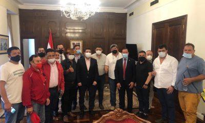 Durante la reunión de los camioneros y los altos funcionarios del Estado. (Foto Francisca Pereira)