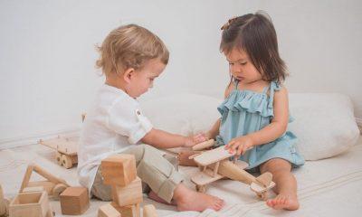 La ropa que se puede heredar ayuda a que la moda infantil sea más sustentable. El consumo consciente también es para la infancia. Foto: Newborn.