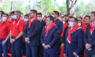 Las autoridades coloradas se hicieron presente en Ybycuí. (Foto ANR)