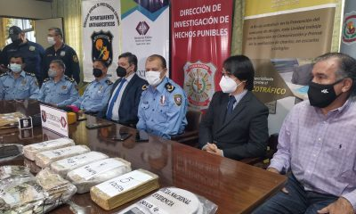 Autoridades de la Policía y Fiscalía brindaron una conferencia de prensa. (Radio Nacional)