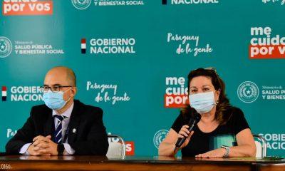 El doctor Hector Castro y la doctora María Antonieta Gamarra. (Foto Salud)