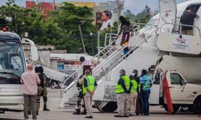 El gobierno de Joe Biden deportó al primer grupo de migrantes haitianos. Foto: Agencias.