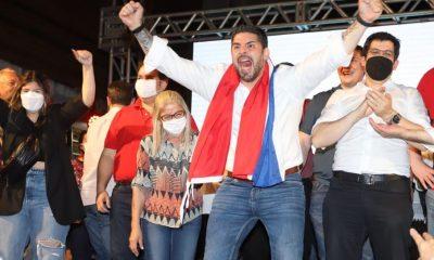 """Grito de victoria de Óscar """"Nenecho"""" Rodríguez, el domingo en la Junta de Gobieno. Foto: Redes Sociales."""